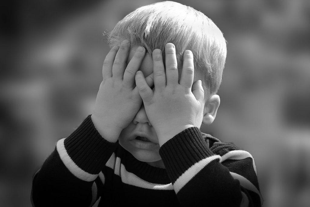 Mettez votre enfant à l'abri des produits d'entretien ménager et des produits chimiques