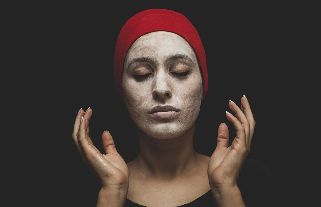 """La """" magie """" derrière les masques pour le visage – et comment en tirer le meilleur parti"""